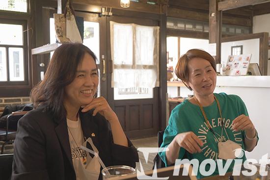 전주국제영화제에 참석한 비비안, 나비 (왼쪽부터)